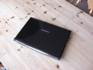 Samsung Q320
