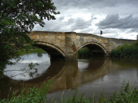 Bridge over the river Derwent at Elvington