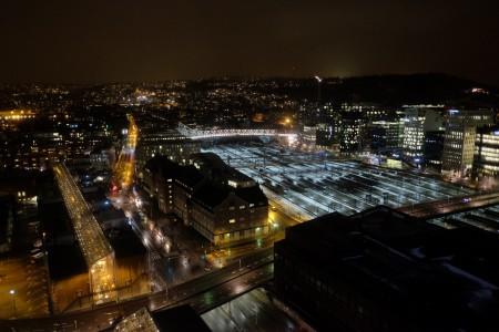hotel_night_scale