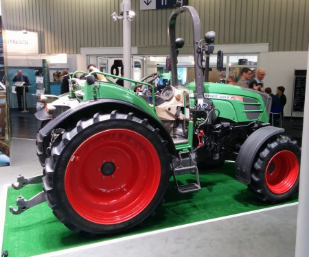 tractor_scale