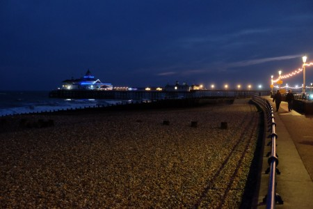 eastbourne_pier_scale